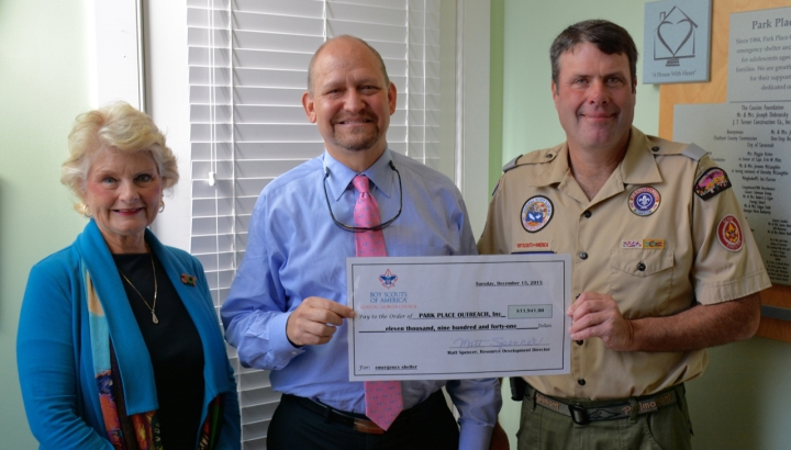 Park Place Outreach Receives Check from Boy Scouts of America
