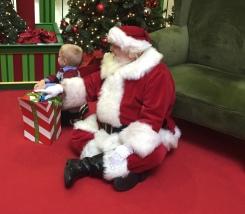 Savannah Mall%27s Caring Santa 4